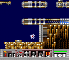 100608-turrican-turbografx-16-screenshot-using-a-special-attack.png