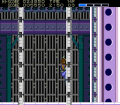 477852-strider-turbografx-cd-screenshot-climb-out-before-the-walls.png